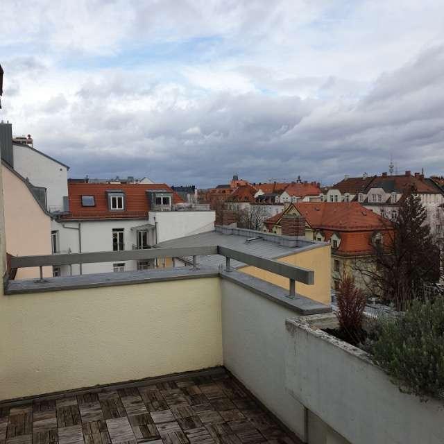 Dachterrasse ! 2-Zimmer Wohnung in Neuhausen-Nymphenburg  Nähe Rotkreuzplatz in Neuhausen (München)