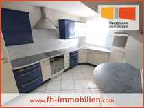 schicke Dachgeschoßwohnung mit Einbauküche
