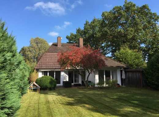 Borgfeld - Exklusives Einfamilienhaus mit 7 Zimmern und großem Garten