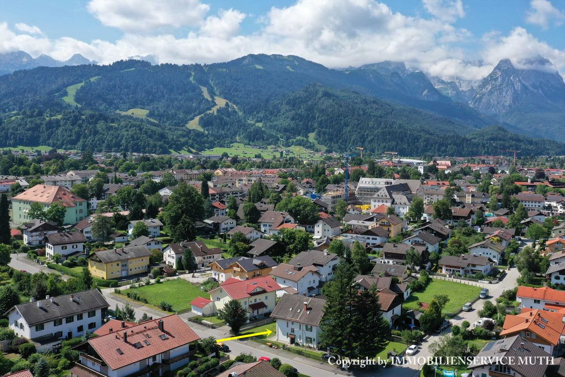 Wunderbar großes Grundstück in Partenkirchen mit Altbestand