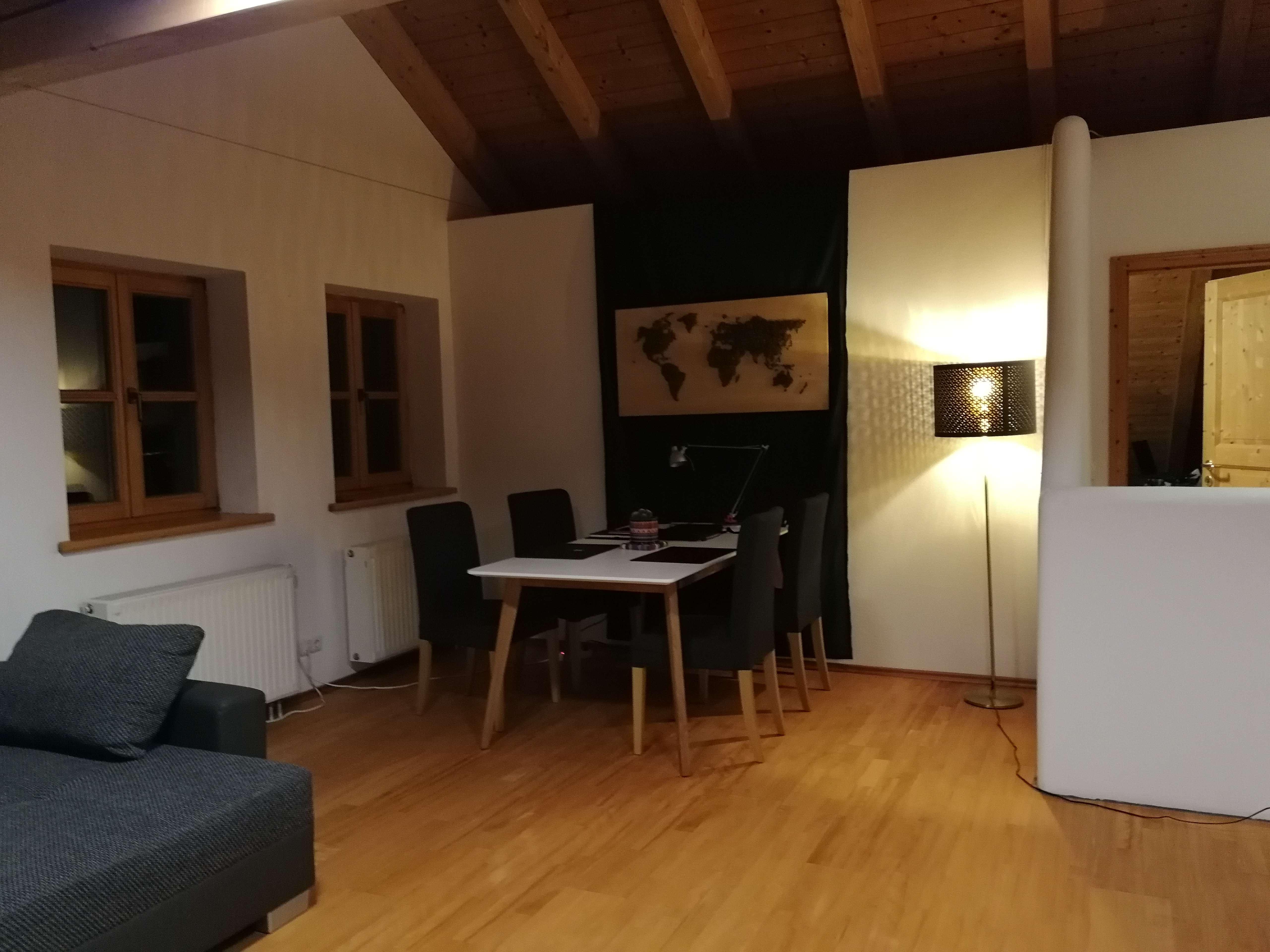 Gemütliche, helle 2-Zimmer-Dachgeschosswohnung in Otterfing