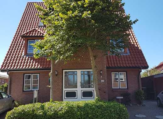 Schöne 2-Zimmer-Erdgeschosswohnung mit Terrasse und EBK in Büsum