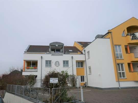 Zeil Voor Balkon : Schöne helle zimmer dg wohnung mit balkon und ebk in zeil a main