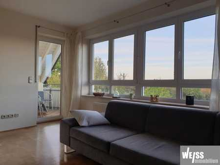 Ruhige,  helle Galerie/Maisonette Wohnung mit schöner Aussicht in Veitshöchheim