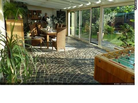 Relativ Einfamilienhaus im Landhausstil mit großem Wintergarten in Geldern JA92