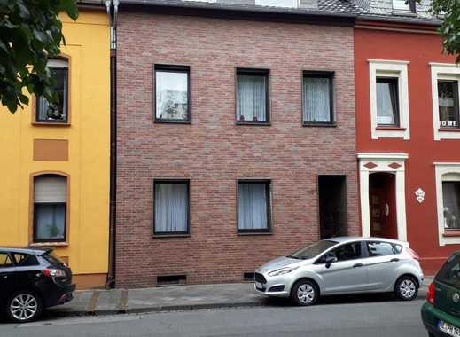 Reihenhaus, 12 Zimmer auf 3 Etagen inkl. 3 Einbauküchen in attraktiver Lage in MG-Bonnenbroich