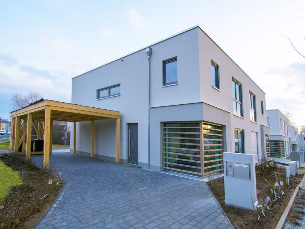 Haus mieten in Dresden - ImmobilienScout24