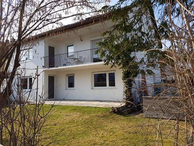 Sanierte 4-Zimmer-Wohnung mit Terrasse und Garten in Neufahrn bei Freising in