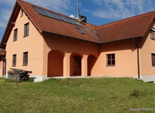 Mehrgenerationenhaus mit Teilungserklärung in Schönach