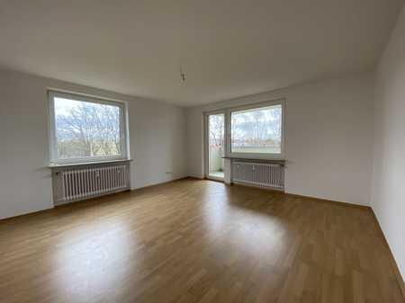 Schöne, helle 4 Zimmer Wohnung mit Loggia & Nähe AUDI in Nordwest