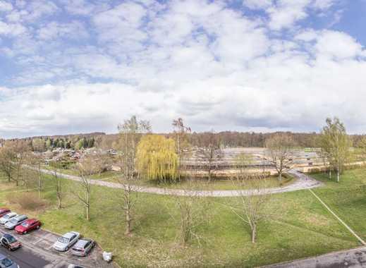 Günstige, sofort bezugsfertige Balkonwohnung in Waldnähe als Erstbezug nach Sanierung