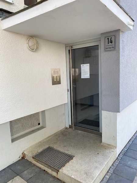 Helle, familienfreundliche 3-Zimmer-Wohnung mit Loggia in Lenting zu vermieten in Lenting