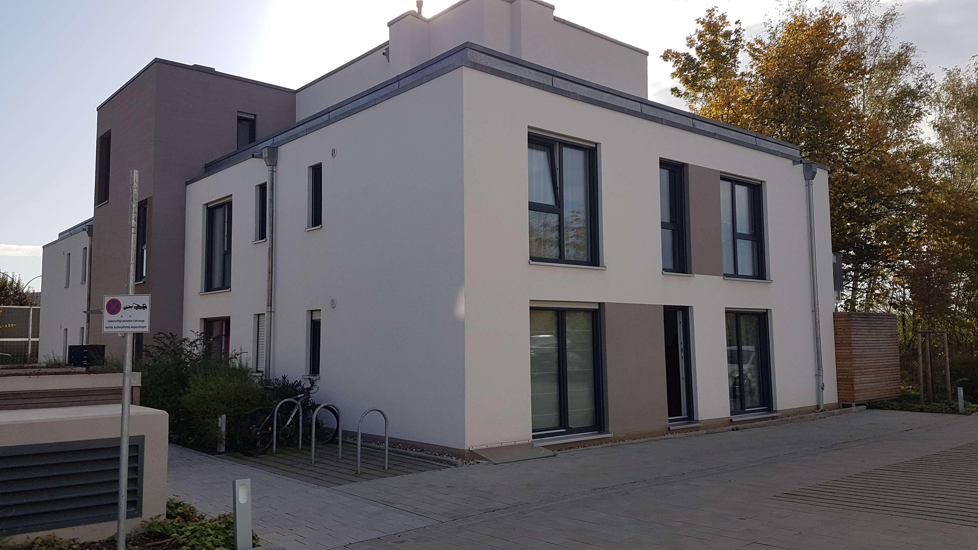 Helle und modern geschnittene 3-Zimmer-Wohnung mit EBK im Nürnberger Westen in Höfen