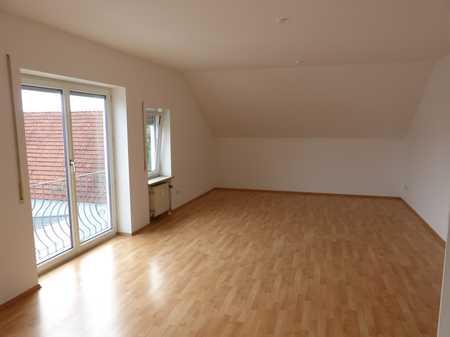 Große Dachgeschosswohnung mit Garage in Ingolstadt-Unsernherrn in Südwest (Ingolstadt)