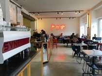 Szene Coffee Shop Burger Döner