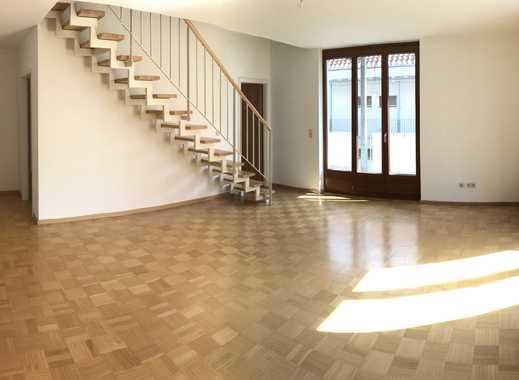 Schöne 4-Zimmer-Maisonette-Wohnung mit Balkon und Aufzug in der City von Offenburg