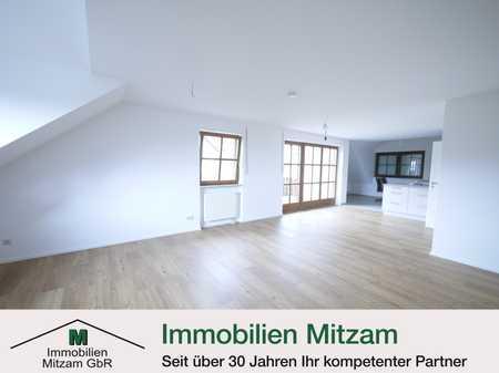 Erstbezug: Großzügige 4-Zimmer-Dachgeschosswohnung mit EBK und herrlichem Ausblick in Töging in Dietfurt an der Altmühl