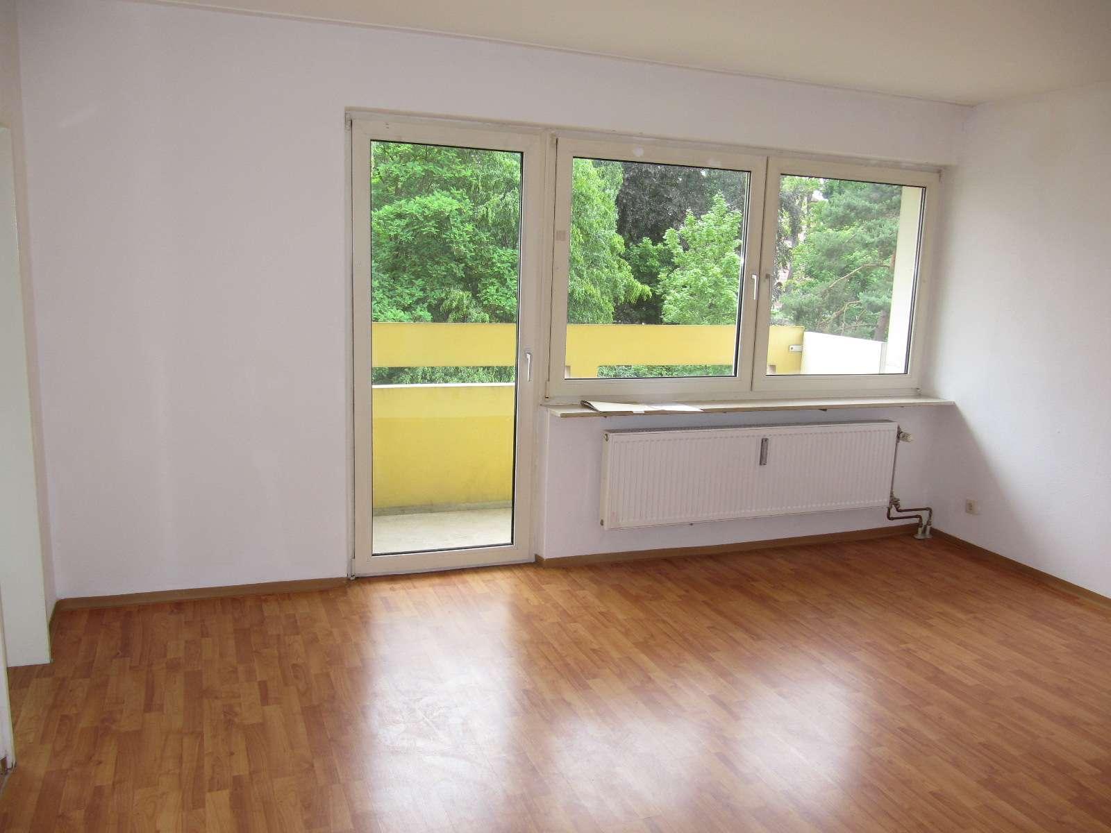 Welserstraße: 1-ZW, 34 qm, Laminat, Balkon, 2.OG in Schoppershof (Nürnberg)