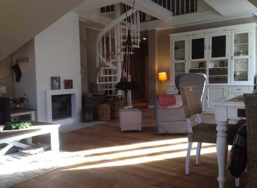 BI-Johannistal: Stilvolle 3 1/2 Zimmer 121 qm Wohnung mit Galerie, Kamin und Südbalkon.
