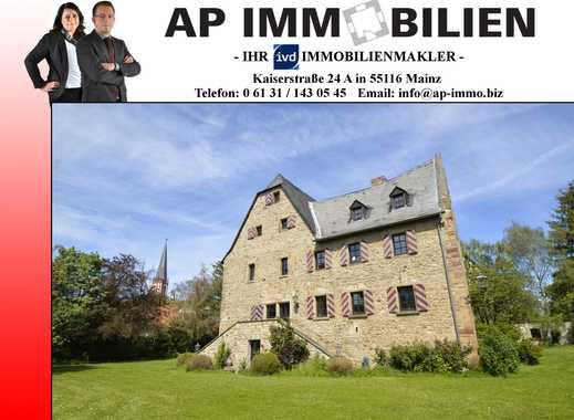 ARMSHEIM - Wohnen im historischen Schloss Veldenz