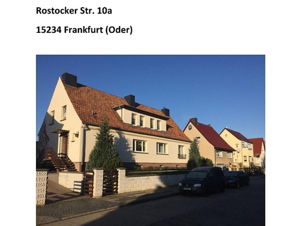 Einfamlienhaus mit Garage-page