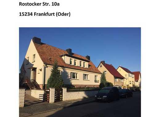 Zu Hause in Frankfurt (Oder) Nord! Inclusive Spielplatz für die kleine Familie.
