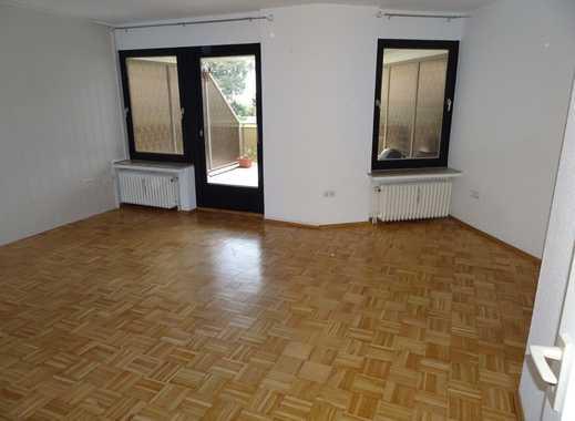 Gepflegte 2,5-Zimmer-Hochparterre-Wohnung mit Loggia und Einbauküche in Bremen- Hastedt