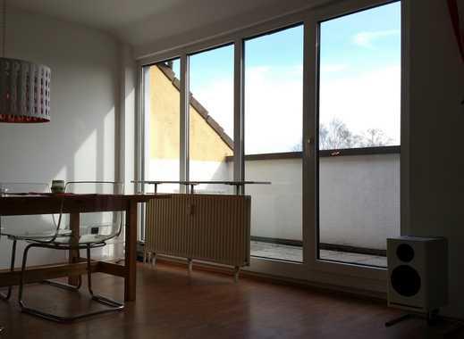 Schön gelegene Dachgeschosswohnung mit 2 Balkonen sucht Nachmieter