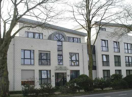 Moderne, helle EG-Wohnung in zentraler Lage  mit Garten