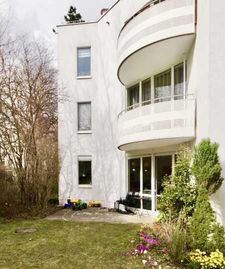 Schön geschnittene 4-Zimmer-Wohnung mit Südterrasse Nahe St. Emmeram in Bogenhausen (München)