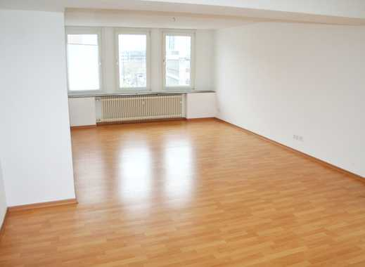 Zwischen Hbf und Berliner Allee: 2-Zimmerwohnung mit Aufzug Balkon und idealer Verkehrsanbindung