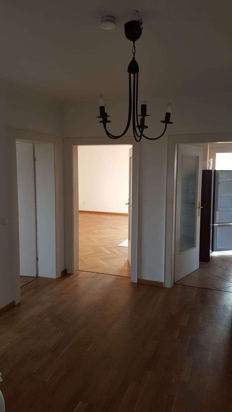 Sehr schöne gepflegte 4-Zimmer-Wohnung mit Balkon,Parkett und Einbauküche in Neuhaus am Inn