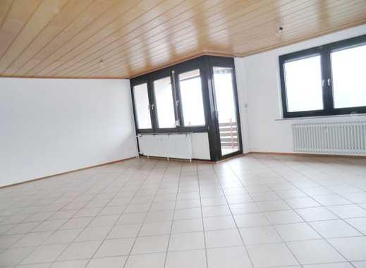 Neu renovierte, sehr geräumige 2,5 Zi-Etagenwohnung in Offenburg