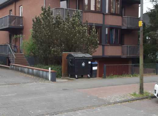 Appartementhaus kompl. renoviert,12 WHG, 2 Doppelgaragen,KM z.Z. 80000,- €
