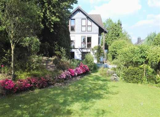 Großzügiges, helles Einfamilienhaus, großer Garten mit Teichen & Pool (Südausrichtung), Doppelgarage