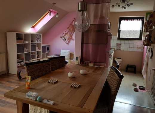 Schöne helle Maisonette Wohnung