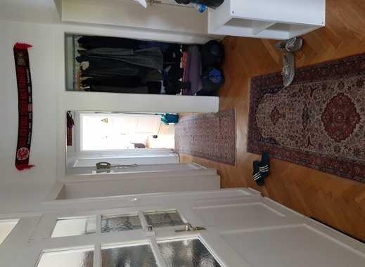 Zimmer in großer 4 Zimmer Wohnung mit TOP Ausstattung !
