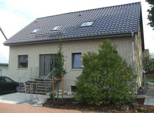 Dachgeschosswohnung 3,5Zimmer mit Balkon und Einbauküche in Hannover Groß Buchholz