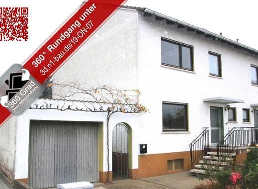Renovierungsbedürftige Doppelhaushälfte mit Garage und großzügigem Garten - sofort verfügbar