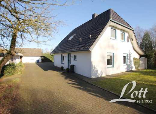 +++ Absolute Alleinlage - über 9.759 m² Grund - 3 Pferdeboxen! +++