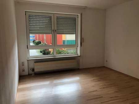 Schöne WG-geeingnete 2-Zimmerwohnung ohne Balkon im Regensburger Osten in Kasernenviertel (Regensburg)