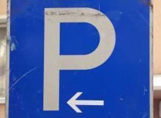 🗣 * * *Garage * * * * zentral Sachsenhausen * * * *