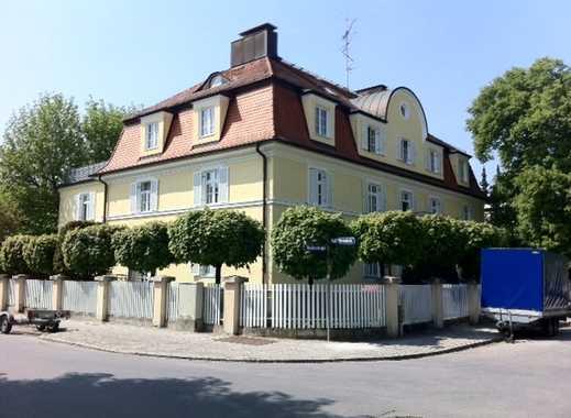Traumhafte ruh. 4-Zi.-Altbau-Whg. in stilvoller Villa in Nymphenburg!