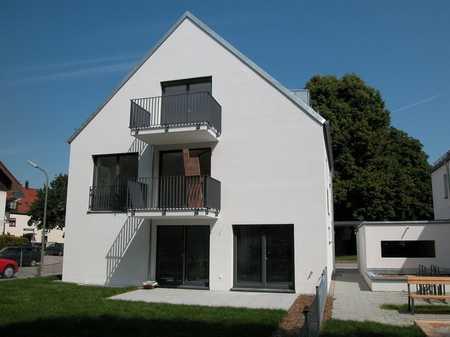 Wohnen in Obersendling / 4-Zimmer-Wohnung mit Terrasse und Gartenzugang in Obersendling (München)