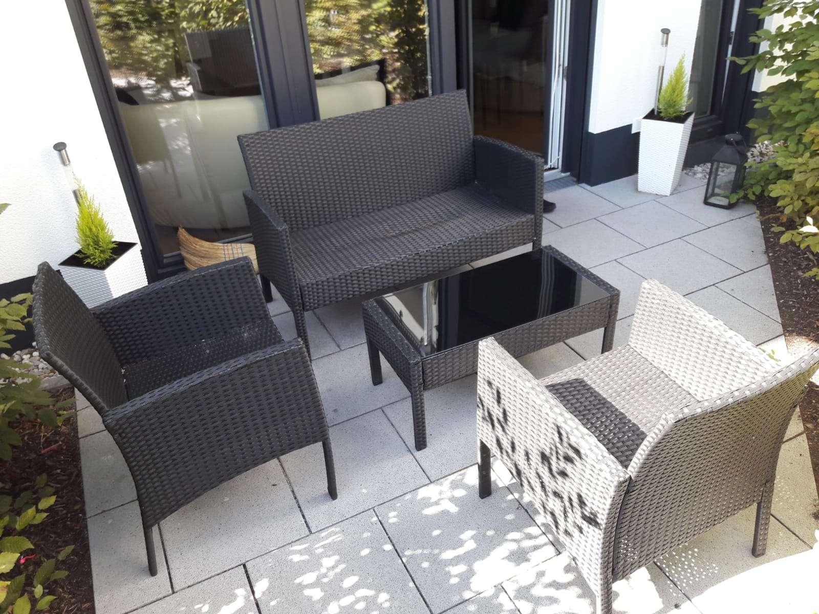Neuwertige 2-Zimmer-EG-Wohnung mit Terrasse und EBK in Kirchseeon in Kirchseeon