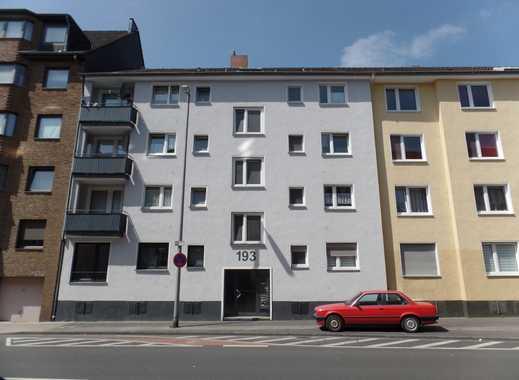 -- Kalk-- modernisierte 3-Zi-Wohnung mit Balkon und Blick ins Grüne -- bitte auch SONSTIGES lesen