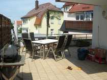 Erdgeschoßwohnung mit großer Terrasse in
