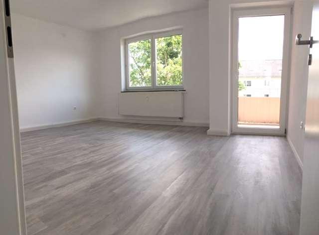 Schöne 4-Zimmer-Wohnung mit Balkon ab 01.09.2019 zu vermieten