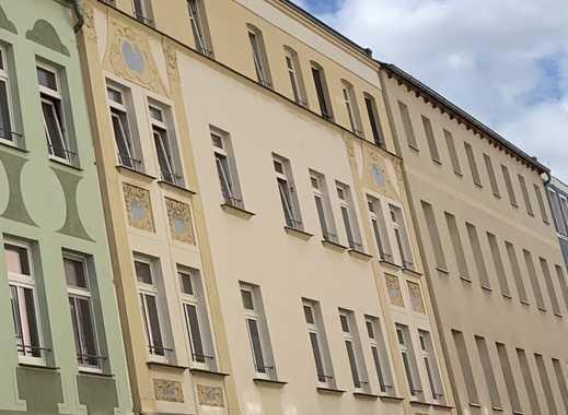 Großzügige 2 Raum Wohnung mit Terasse