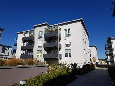Top Wohnung 1 Obergeschoss Mit 12qm Balkon Moderne Ausstattung In